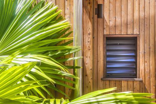 Jalousie aluminium résidence Nou5 en Guadeloupe