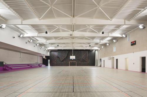 salle-omnisports-saint-cyr-sur-mer4
